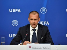 La UEFA y el Parlamento prometen trabajar por salvaguardar la solidaridad. AFP