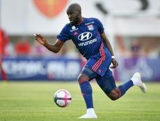 Mdombele es el que más le interesa al Barcelona. AFP
