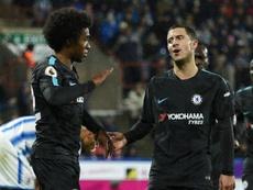 Willian echará mucho de menos a Hazard si se va. AFP