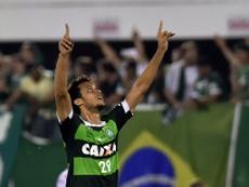 Le joueur Neto du club brésilien de Chapecoense, le 28 octobre 2015 lors d'un match contre l'Argentine, à Chapeco, au Brésil