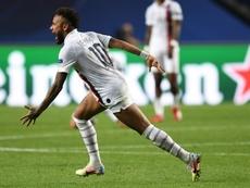 Neymar vibrou e mostrou confiança após decidir pelo PSG na Champions. Captura/Movistar+