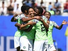 Oshoala señala el camino hacia la primera victoria. AFP