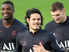 Edinson Cavani's Wage Demands Could Scupper Chelsea's Move For PSG Forward