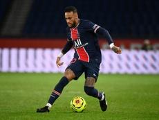 Torcedores se empolgam com estreia de Neymar na Liga dos Campeões. AFP