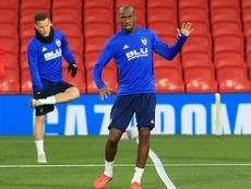 Kondogbia regresó sin lesiones de su debut internacional. AFP