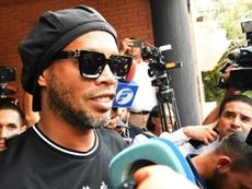 Ronaldinho divide a la directiva de Gimnasia. AFP