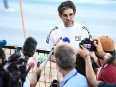 Juninho Pernambucano, dirigente do Lyon, revela conversas com o Atlético. AFP