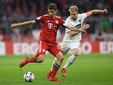 Bayern espanta a zebra com muito sofrimento. AFP