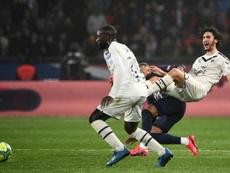 Só um jogo de suspensão para Neymar. AFP