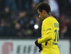 Liénard provoca Neymar. AFP