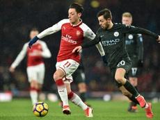 El Arsenal volvió a caer ante el City. AFP