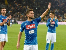 Napoli will let Mertens (C) leave the club at the end of this season. AFP