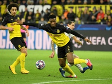El Borussia piensa en renovar a Zagadou. AFP