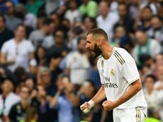 Benzema no se la pasó a su compañero. AFP