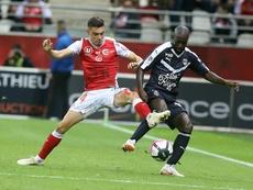 El Sevilla apunta el nombre de Youssouf Sabaly. AFP