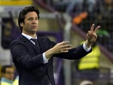 Solari pasó por el banquillo del Real Madrid. AFP