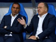 Advocaat habría pedido refuerzos a la directiva del Feyenoord. AFP