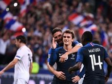 Griezmann marcó los dos goles de Francia. AFP