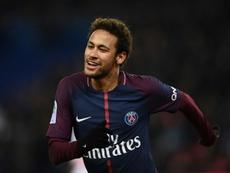 Neymar volvió a mostrar su deseo de seguir en el PSG. AFP