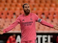 Sergio Ramos desfalca uma defesa que vem sofrendo mais de dois gols por jogo na Champions. AFP