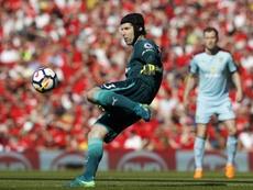 Cech atacó al Leverkusen por sus mofas tras su fallo ante el City. AFP