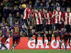 Messi est un spectaculaire des coups de pied arrêtés. EFE