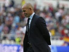 El técnico del Granada no esperaba un resultado tan abultado. EFE