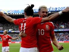 Ramsey y Bale son amigos. EFE/EPA