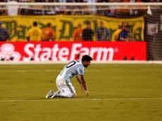 Las tres finales pasaron factura de manera terrible en Argentina. EFE