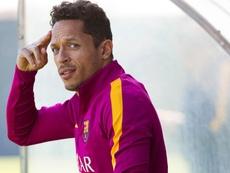 Adriano podría irse con Iniesta a Japón. EFE