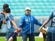 El asistente del técnico hondureño destacó la importancia del triunfo. EFE