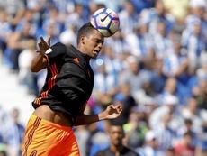 Aderllan Santos se va del Valencia. EFE/Archivo