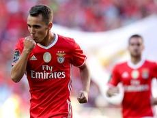 Grimaldo es pretendido por el Atleti. EFE