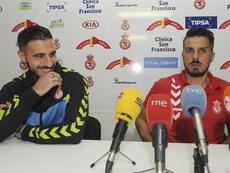 Rubén de la Barrera (d) cree que fueron sus errores los que facilitaron el empate. EFE/Archivo