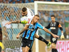 Barcelona perde o interesse em Rodrigo Caio e Cebolinha. EFE