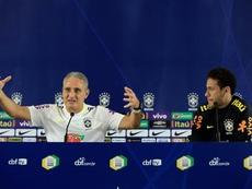 Tite mudou de opinião sobre posicionamento de Neymar. EFE