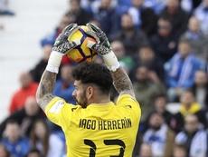 Herrerín tuvo un bonito gesto con un chaval al terminar el partido en Getafe. EFE/Archivo