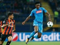 Diawara (d) podría llegar cedido al Milan. EFE