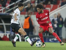 Adriano in action against Liverpool last season. EFE