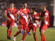 Argentinos Juniors venció por 2-1 a Independiente Chivilcoy. EFE