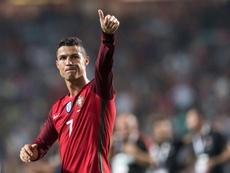 Cristiano Ronaldo dreams of retiring with the international top scorer record. EFE