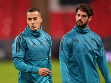 Lucas Vazquez (L) got injured during Friday's training session. EFE/Archivo