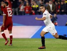 El Sevilla recordó el gol de Pizarro ante los ingleses. EFE