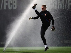 Cillessen could leave Barca in search of more regular football. EFE