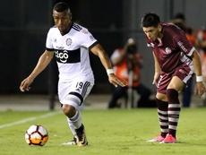 Manuel Castro (d), cerca de recalar en la MLS. EFE
