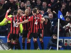 Os jogadores do Bournemouth celebram o gol apontado por Calum Wilson. EFE