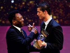 Imagen de archivo de Cristiano Ronaldo y Pelé. EFE