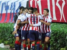 Chivas no pudo pasar del empate ante Lobos. EFE