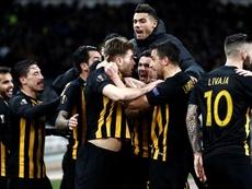 El AEK rescató un punto en el último suspiro. EFE/Archivo