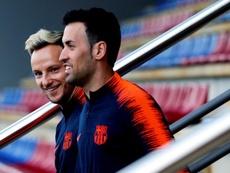 Busquets preferiría ver al Barça ser campeón sobre el césped. EFE